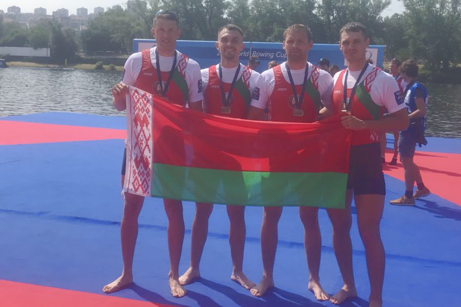 photo 2018 WRC1 M4 bronze small