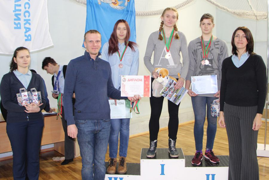 photo 2017 concept 02 03 girls podium