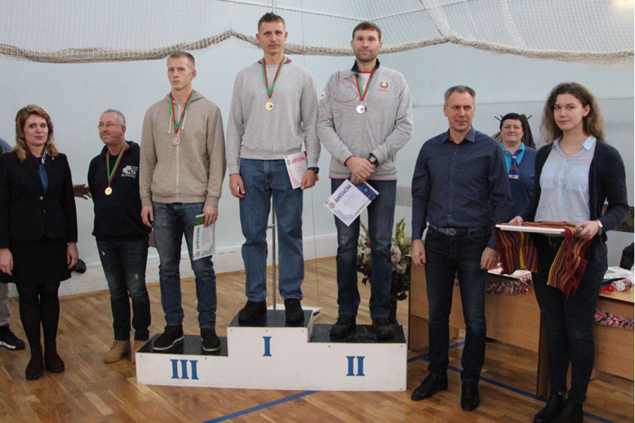 photo 2018 concept men 5000 podium small